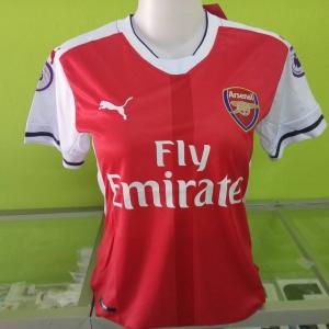 เสื้อบอลผู้หญิงทีมเหย้า Arsenal 2016 - 2017