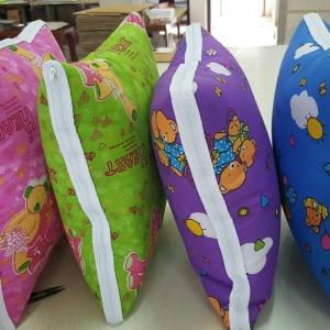 หมอนผ้าห่ม ผ้าทีซีลาย 15*15นิ้ว คละลาย ใบละ 115 บาท ส่ง 100ใบ (ขนาดกาง 100*150ซม) (งานไทย แพคถุง ทุกชิ้น)
