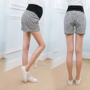 c6608 กางเกงคนท้องลายmosino สีขาวดำ ขาสั้น มีซัพพลอตท้องค่ะ ปรับเอวได้