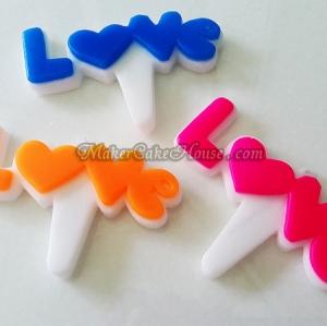 เทียนบอกรัก LOVE แบบป้ายพื้นขาว