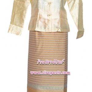 ชุดไทย-เสื้อฯ+ผ้าถุงป้ายฯ ผ้าไหม (เอวใส่ได้ถึง 36 นิ้ว) *รายละเอียดในหน้าสินค้า