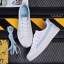 YUANBO รองเท้าผ้าใบหนังนิ่มสีขาวคาดสีฟ้า ได้เชือก 2 คู่(สีขาว+สีฟ้า) thumbnail 6