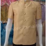 เสื้อผ้าไหมชายคอพระราชทาน สีน้ำตาลอ่อน ซับผ้ากาวทั้งตัว กระเป๋า 3 ใบ เบอร์ xxl