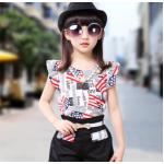 เสื้อผ้าเข้าชุดสำหรับเด็ก ตกแต่งด้วยลายธงชาติเก๋ๆ น่ารัก สดใส สไตล์แฟชั่น - ดำ