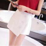 กางเกงกระโปรงแฟชั่น ดีไซน์สวย พร้อมกระเป๋าหน้า กัสีที่ใส่ได้ทุกงาน - ขาว