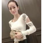 เสื้อแขนยาวแฟชั่นสวยๆ เว้าแขนแปลกใหม่ สวยเก๋ ไม่ซ้ำใคร แต่งเม็ดสีเพิ่มความสะดุดตา - ขาว