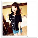 เสื้อแฟชั่นเกาหลี มาในลวดลายสุด chic คอเสื้อแบบคอวี สีทูโทน สีดำ
