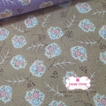 ผ้าคอตตอนไทย 100% 1/4 เมตร สีน้ำตาล ลายดอกสลับขาว