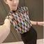 เสื้อแฟชั่นแขนกุด สีสันสวยงาม ลายข้าวหลามตัด สีสันสไตล์ colorful thumbnail 2