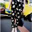 กางกางขายาวแฟชั่น สีดำ เติมแต่งด้วยดอกเดซี่ขนาดเล็กใหญ่ ทำให้กางเกงสีพื้นๆ ตัวนี้ กลายเป็นจุดสนใจไม่น้อย thumbnail 8