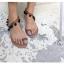 รองเท้าแตะแฟชั่น ใส่เดินชายหาดชิลๆ ทรงเก๋แบบสาวโบฮีเมียน ดูคลาสสิคไม่เบา thumbnail 11
