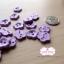 กระดุมลายดอกไม้สีม่วง ขนาด 1.5 ซม. จำนวน 12 เม็ด(1โหล) thumbnail 2